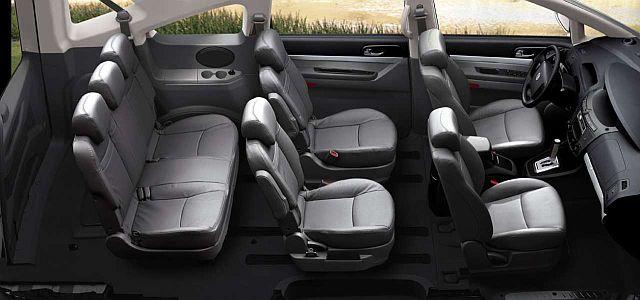 location de minibus 9 places avec crochets d 39 attelage pas cher sur bordeaux louer une voiture. Black Bedroom Furniture Sets. Home Design Ideas